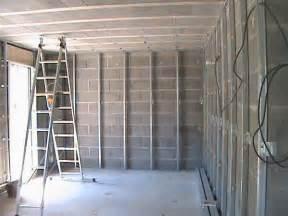 pose des rails pour l isolation le plafond et les