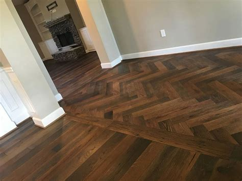 RECLAIMED OAK   Reclaimed Wood and Hardwood Flooring