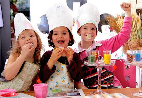 atelier cuisine parent enfant rendez vous chez cake l atelier pour les vacances de no 235 l