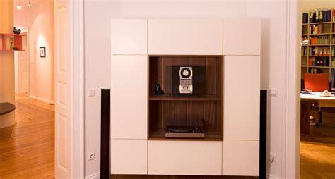 tischle glas tv m 246 bel fernsehschrank der schreinerei im eichenhaus