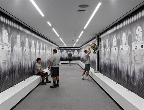 college locker room photos and of oregon s new football facility sbnation