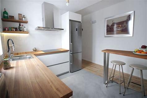 cocina encimera madera las 25 mejores ideas sobre cocinas de madera blanca en