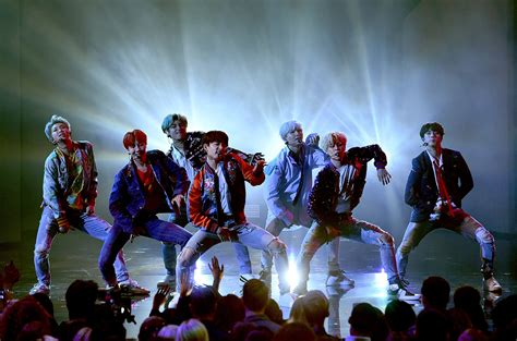 bts dna live bts surge up the charts following 2017 american music