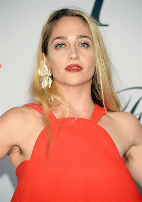 hair armpit olderwomen pictures miley cyrus and jemima kirke are making hairy underarms