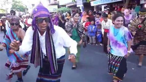 bae sonde bae tanah timor lebe bae flobamora performed in moyo festival 2015