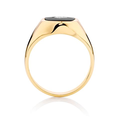 s set ring with black onyx in 10kt yellow gold