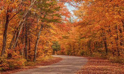 in fall top 10 places to visit this fall in canada