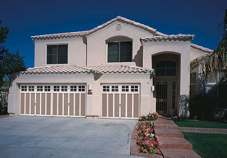 Grand Harbor Garage Door Collection Carriage House Garage Doors Steel Frame Clopay