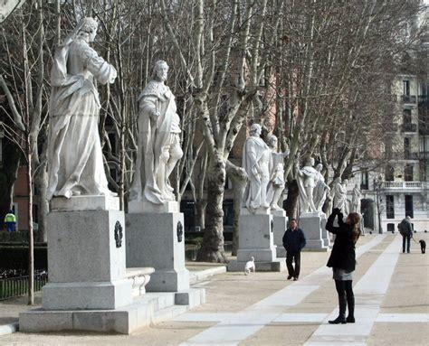 fotos invierno madrid jardines plaza de oriente leganitos9