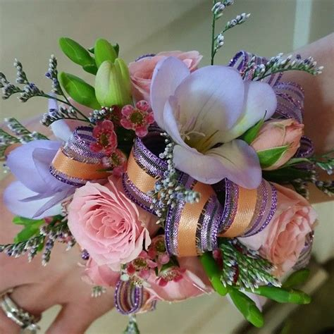 corsages for prom 2015 24 best prom flowers corsages and boutonnieres images on
