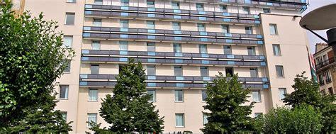 hotel ibis porte de clichy centre clichy francia