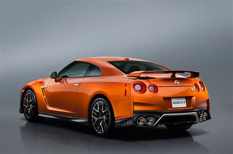 2017 Gt R by 2017 Nissan Gt R Look Review Motor Trend