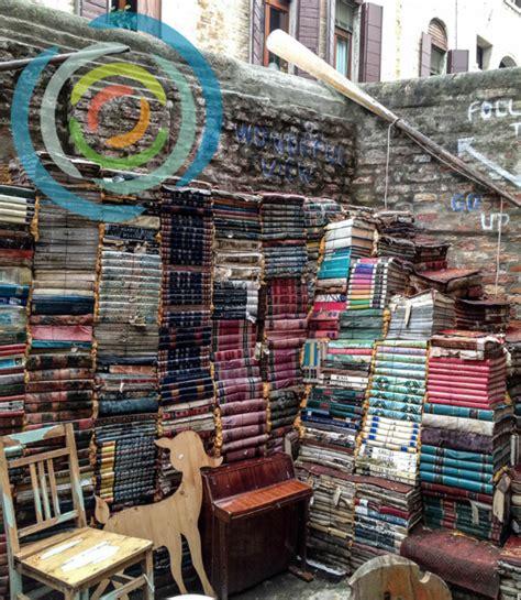 libreria acqua alta venezia libreria acqua alta an original bookstore in venice italy