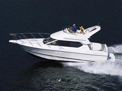bayliner boats corporate office flybridge bayliner 2858 ciera command bridge boats for
