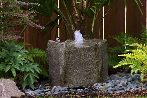 Gartenbrunnen Stein Modern by Stein Gartenbrunnen 17 Ideen F 252 R Echten Gartenhingucker