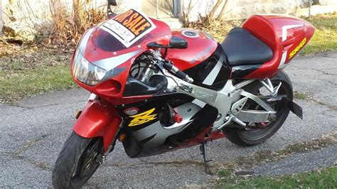 97 Suzuki Gsxr 750 97 Suzuki Scrad Gsxr 750 New York Dunkirk 3000