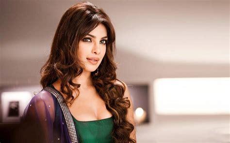 hindi film actress priyanka chopra bollywood actress priyanka chopra to produce regional