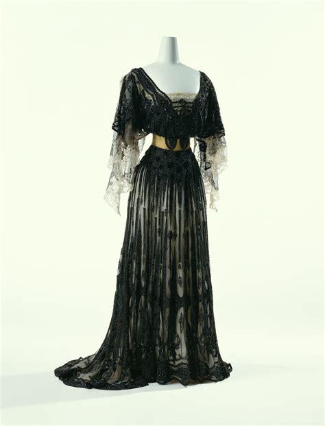 Dress Hitam Second fashionista the period of fashion 19th century