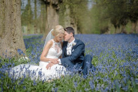 wedding photographer prices average uk wedding photography prices in the uk guide to 2018 19 prices