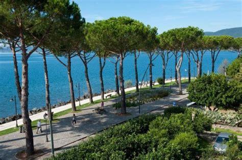 terrazze sul lago trevignano b b la terrazza sul lago trevignano romano roma