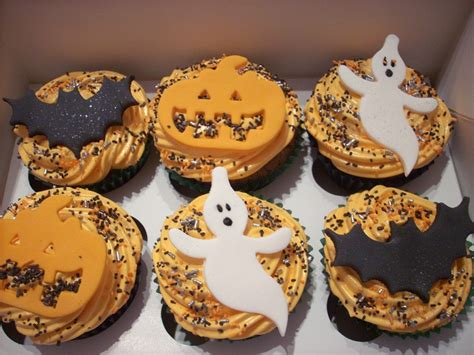 images of halloween cupcakes 40 terrifying halloween cupcakes