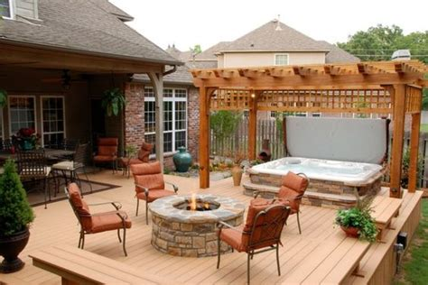 kind hot tubs  spruce   backyard