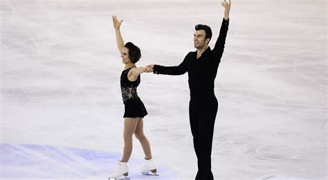 Sn Kaitlyn Dress canadian pair win figure skating gold in barcelona