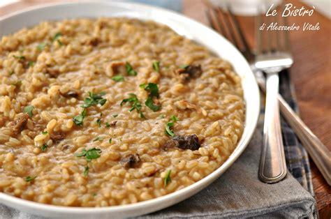 cucinare i funghi secchi risotto ai funghi porcini secchi ricetta semeplice