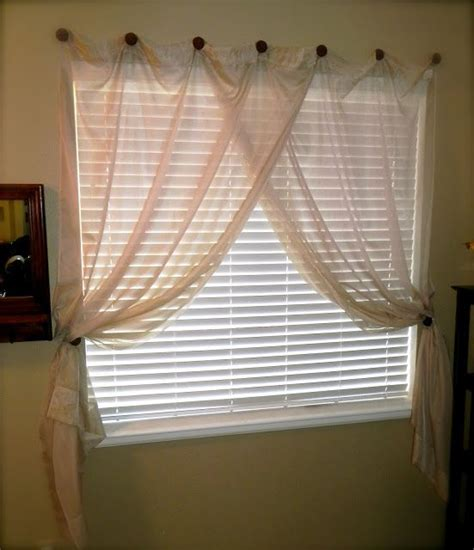 best way to hang curtain rods 25 best ideas about hanging curtain rods on pinterest