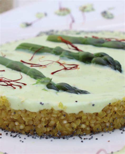 cucinare asparagi freschi quinoa allo zafferano e asparagi freschi cucina naturale