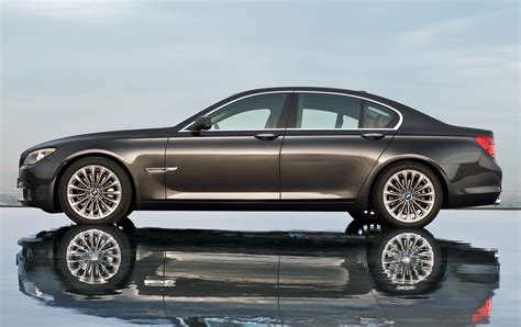 2011 bmw 7 series pictures photos gallery green car reports