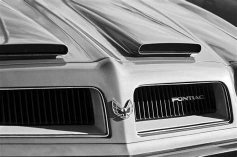 pontiac emblem for sale 1974 pontiac firebird grille emblem by reger