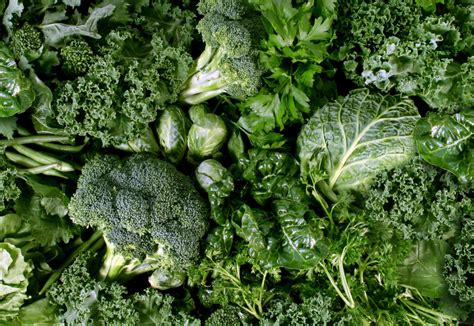 2 vegetables that make you 10 green leafy vegetables that will make you go green