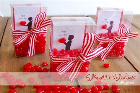 Handmade Valentines Presents - diy silhouette valentines