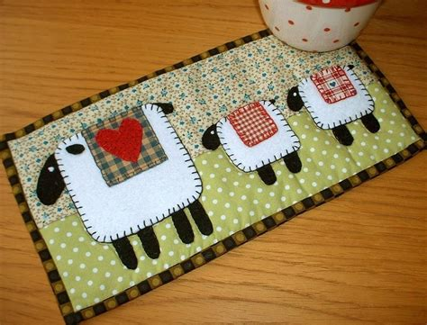 Quilted Mug Rug Patterns by Lambs Mug Rug By The Patchsmith Quilting Pattern