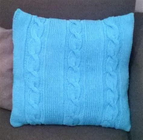 cuscino a maglia cuscini ai ferri du74 187 regardsdefemmes