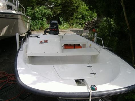 boston whaler boats website boston whaler sport 130 2000 sold the hull truth