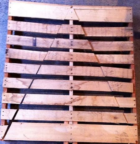 pallet christmas tree dimensions home dzine home diy reclaimed wood pallet trees