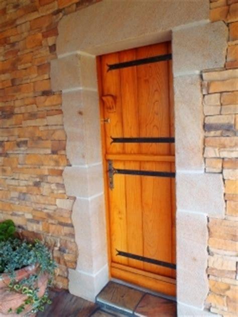 Porte D Entrée Composite 4605 by Menuiserie