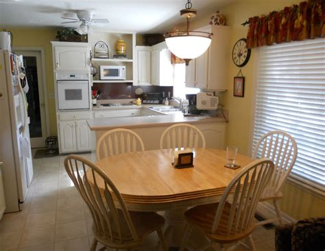 Kitchen Table Decorating Ideas Small Kitchen Table Decorating Ideas Light Of Dining Room