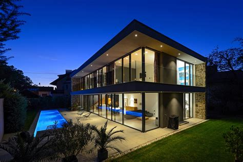 Modern Homes by Tina Designs A Sleek And Stylish Home