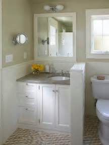 Cottage Bathrooms Ideas by Small Cottage Bathroom Houzz