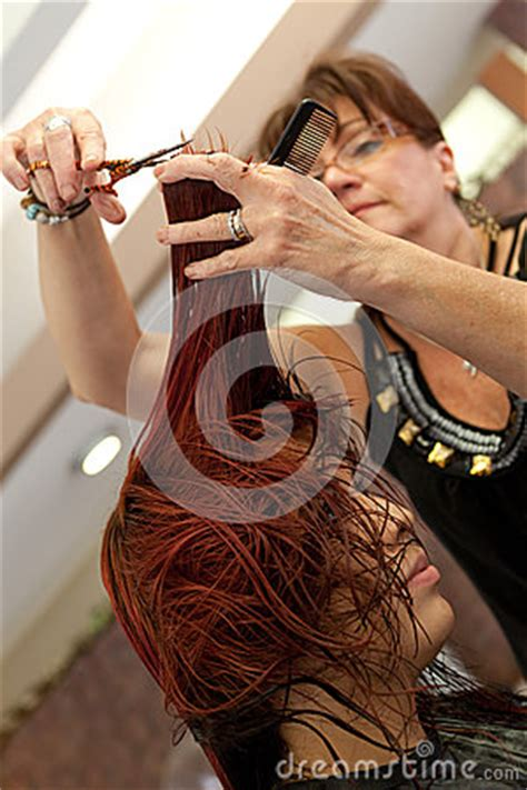 how to professionally cut hair haircut at the salon royalty free stock photos image