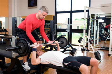 bench pressing without a spotter bench press secrets 7 tips to help you lift more