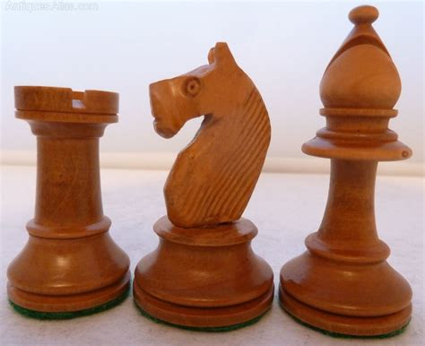 wooden chess set antiques atlas vintage wooden chess set boxed ebonised