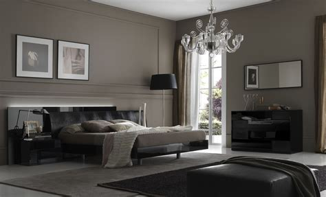 Bedroom Decorating Ideas From Evinco Contemporary Bedroom Designs