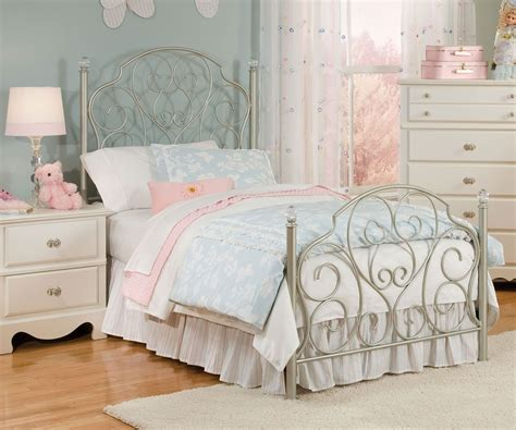 Twins Bedroom Ideas spring rose metal bed for girls twin size bed with