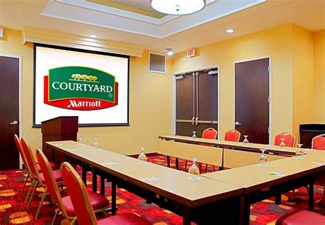 Courtyard Cadillac by Vacation Deals To Courtyard Cadillac Miami Oceanfront