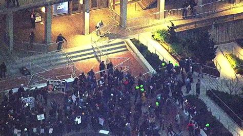Berkeley Mini Mba by Photos Protests Erupt At Uc Berkeley Ahead Of Milo
