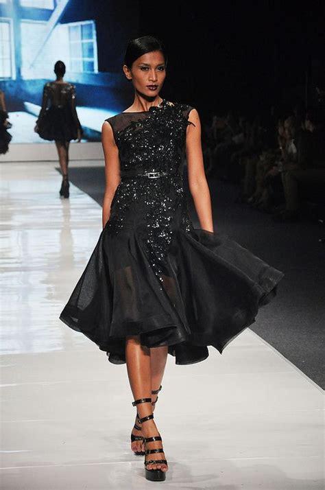 desain jas ivan gunawan model gaun pesta ivan gunawan yang mewah dan elegan